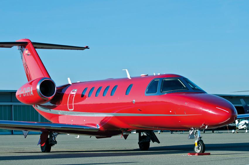 red jet Diamonte